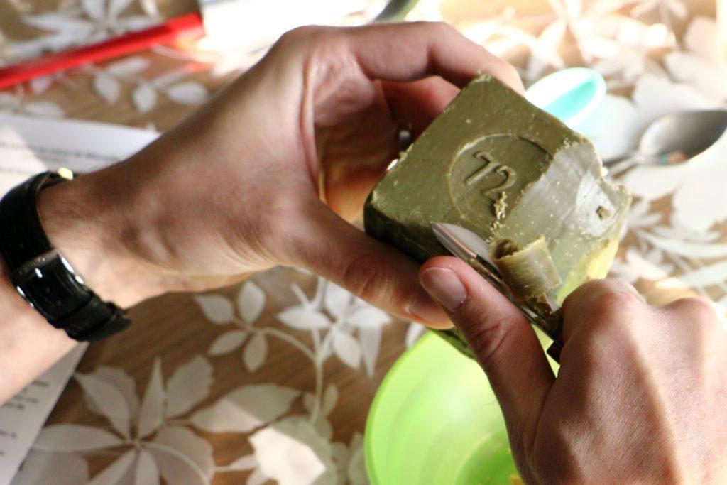 Fabriquer sa lessive au savon de Marseille avec Ateliers DIY sur lesmarottes.fr
